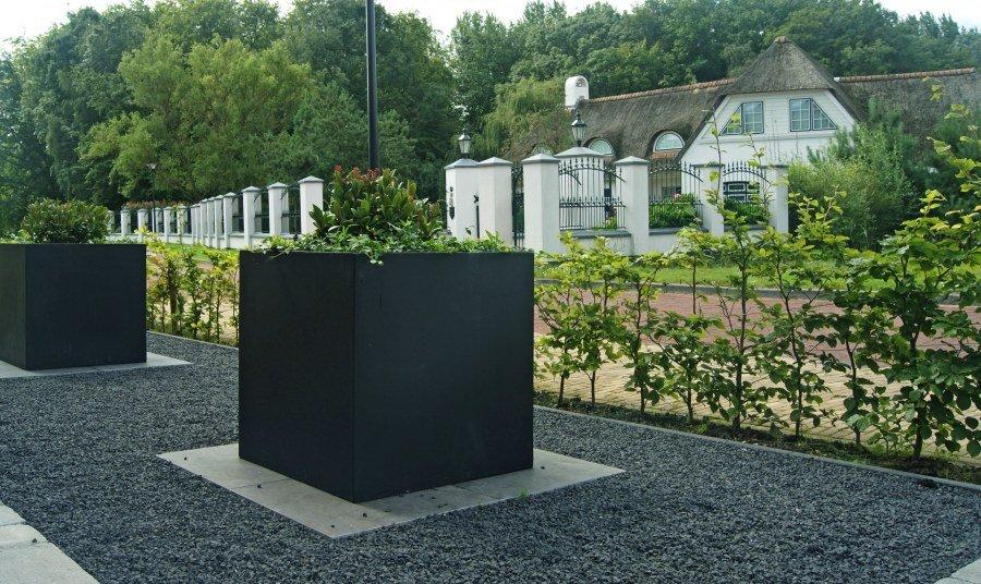 Moderne tuin projecten vogelaar hoveniers for Tuin decoratie met stenen